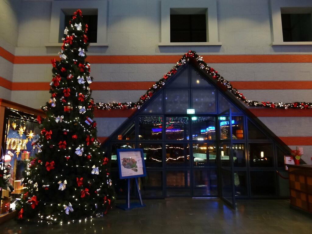 Un séjour pour la Noël à Disneyland et au Royaume d'Arendelle.... - Page 5 13852751754_4be9e6b99b_b