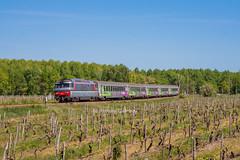 24 avril 2017 BB 67424 Train 3854 Bordeaux -> Nantes Jonzac (17) - Photo of Réaux
