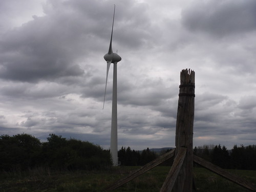 Glyndebourne Wind Turbine and Ringmer Windmill Remnant