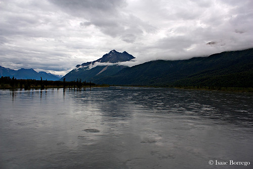 lake mountains water alaska clouds train river peak mckinleyexplorer canonrebelxsi