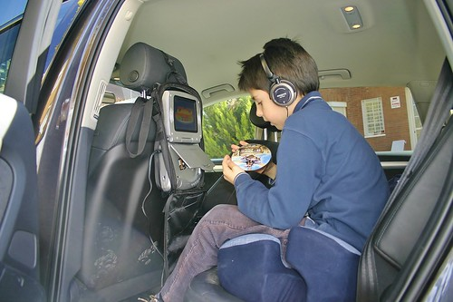 Viajar con niños en el coche consejos
