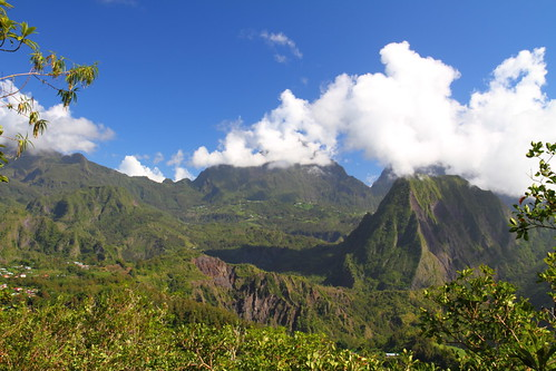 africa france heritage reunion day cloudy indianocean mont cirque moutain worldheritage salazie 世界遺産 cirquedusalazie herbourg