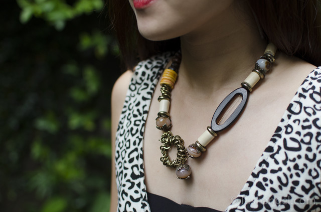 wooden-necklace