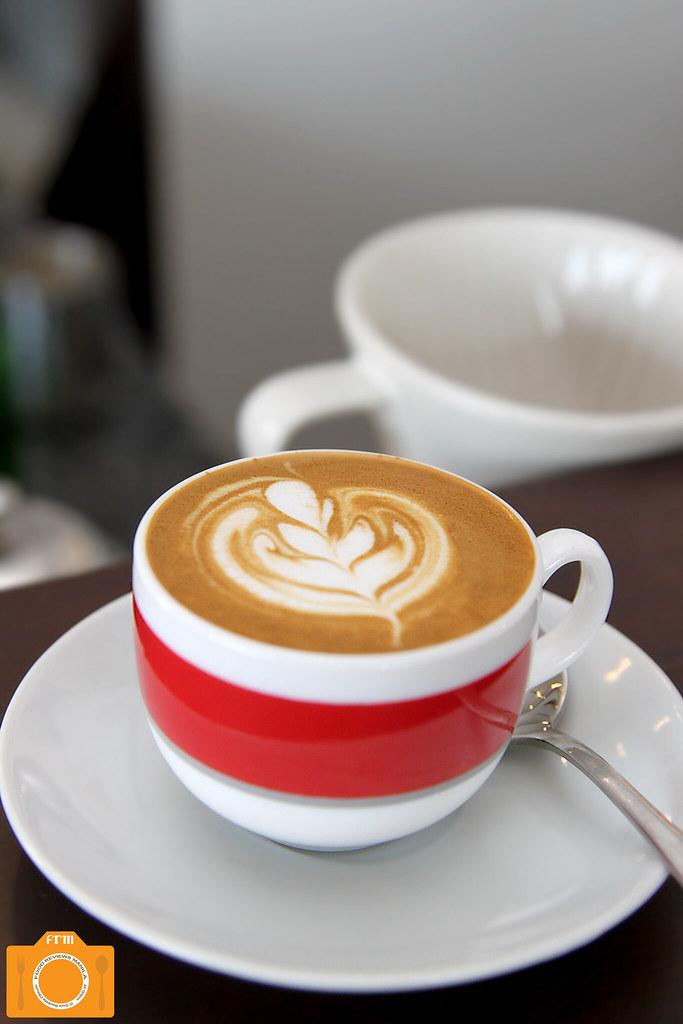 Magnum Opus Piccolo Latte