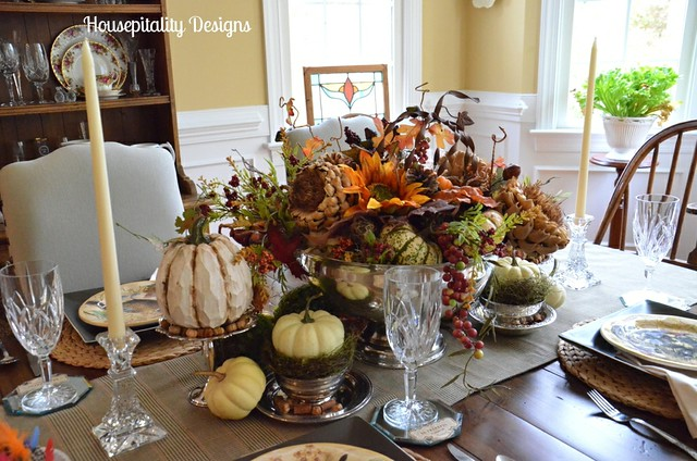 Fall Tablescapes And Vignettes