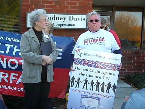 Champaign, IL residents join with Illinois Alliance for Retired Americans, Social Security Works, Union Veterans Council - AFL-CIO, call on Rep. Rodney Davis to oppose the chained CPI benefit cut for veterans and Social Security beneficiaries