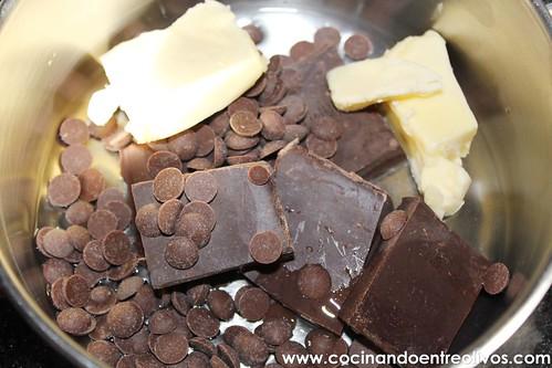 Tronco de Navidad relleno de crema de turron www.cocinandoentreolivos (22)