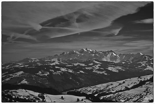 winter bw mountains landscape schweiz berge wandern landschaften schneeschuhe biogon2828 biogont2828zm leicam82 atzmännig mitalexa