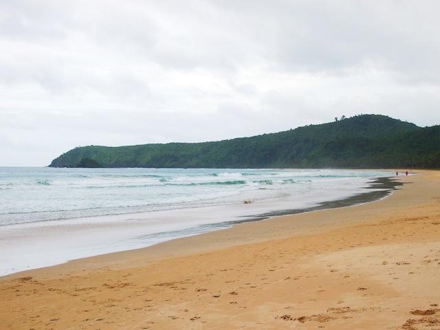 El Nido Nacpan beach deserted
