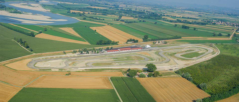 Circuito Modena : Autodromo di modena l esperienza amotomio