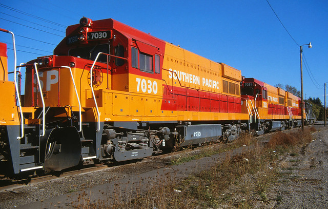 Southern Pacific TE-70-4S #7030, Eugene Oregon.  October 7 1984.