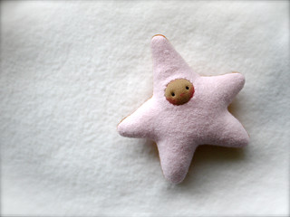 Lt. Pink/Orange STAR: TAN