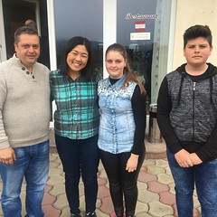 The family our #HabitatForHumanity house will be for. 🏠 #darmanesti #romania #myfirsthabitatbuild #habitatromania #romanianhabitat #locals #family @habitatforhumanity @habitatforhumanityromania