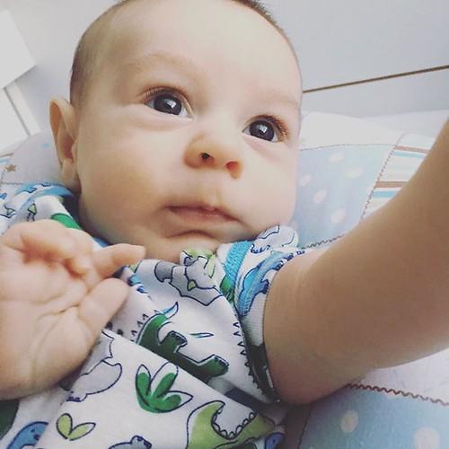 Uma selfie pra começo de conversa   #BomDiaAmiguinhos
