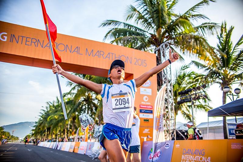 Cuộc thi Marathon Quốc tế Đà Nẵng 2015