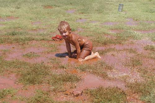 Emma: Leslie and his mud