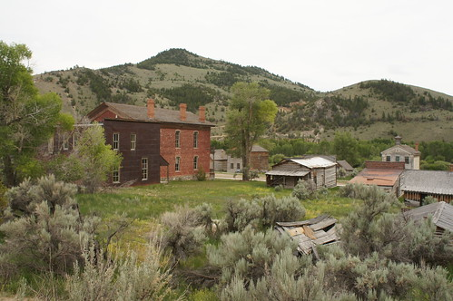 old trip travel houses vacation holiday montana western ghosttown deserted goldrush goldmining bannack derilect bannackstatepark