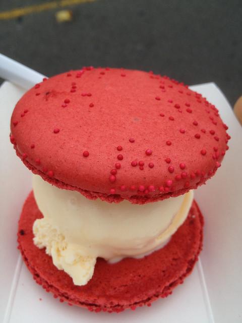 Candybar Dessert Truck ice cream sandwich