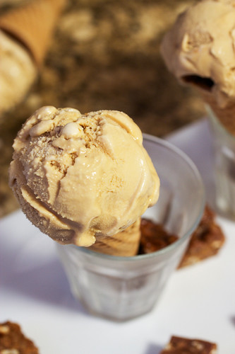 Caramel Ice Cream with Peanut Butter Pretzel Brittle #IceCreamWeek