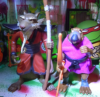 TEENAGE MUTANT NINJA TURTLES - CLASSIC COLLECTION :: 'RETRO' SPLINTER xxiv // .. with '07 TMNT movie Splinter (( 2013 ))