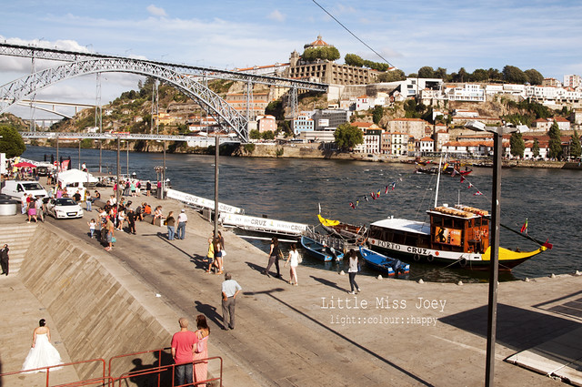 Normal day in downtown Porto