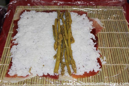 Maki Sushi de jamón y espárragos verdes (13)