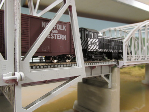 A 1950's and 60's era Santa Fe local freight traincrossing the Missisippi River lift bridge. by Eddie from Chicago