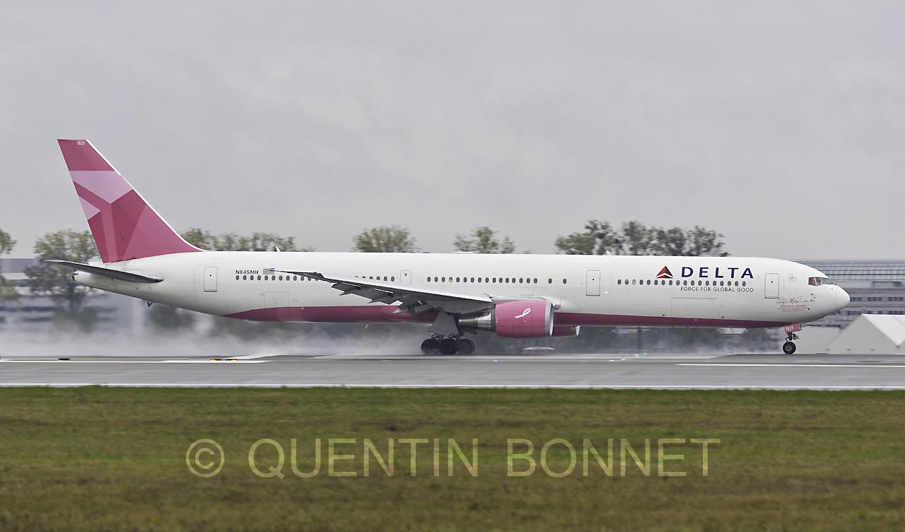 Delta Air Lines Boeing 767-432(ER) N845MH