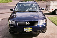 VW Passat 2003, from front, at home