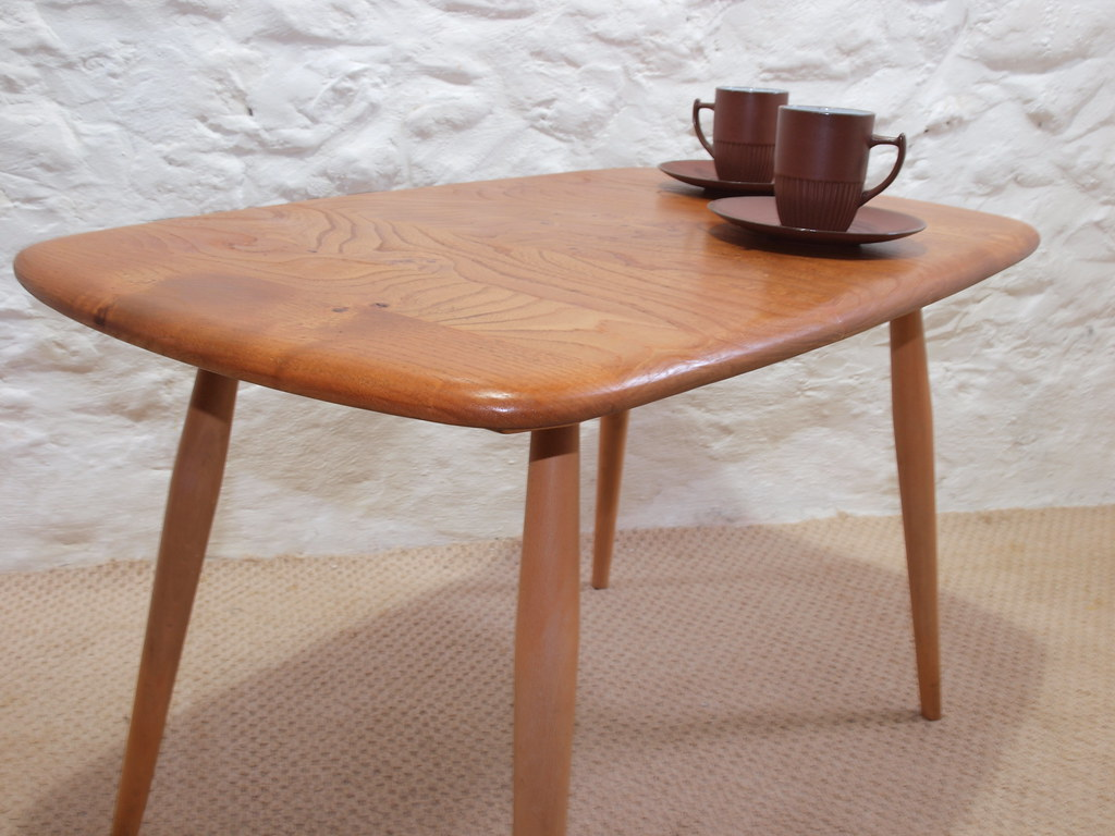 Ercol blonde Elm coffee tableBlue label View on Flickr : 111496608161c3d5b4147b from www.roadtoretro.co.uk size 1024 x 768 jpeg 149kB