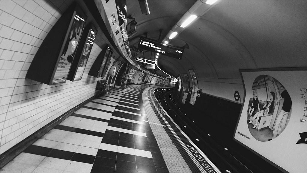 London Waterloo, 18:25