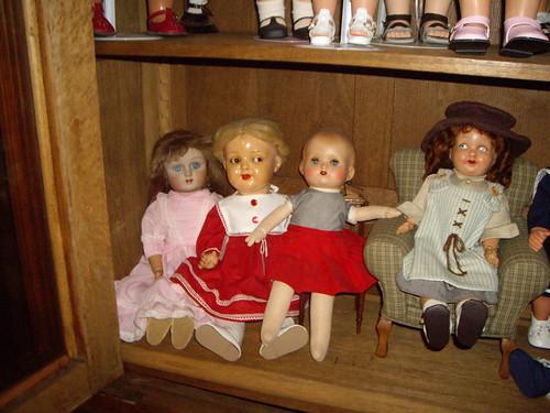 Les poupées de ma maison  11368042815_084fd2af0e