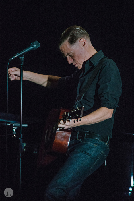 Bryan Adams concert Grand West Casino Arena Cape Town South Africa 28 January 2014 shot by Desmond Louw dna photographers 02