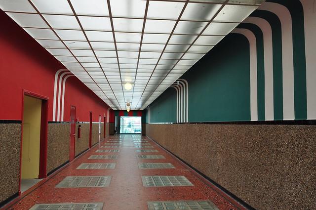 Galerie d 39 acc s piscine juda que 1934 rue juda que bo for Piscine judaique