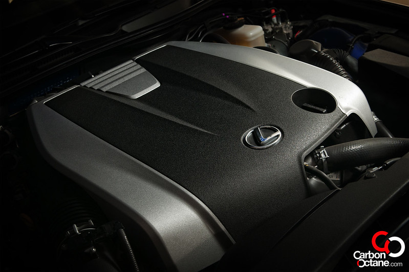 Lexus-IS350-engine