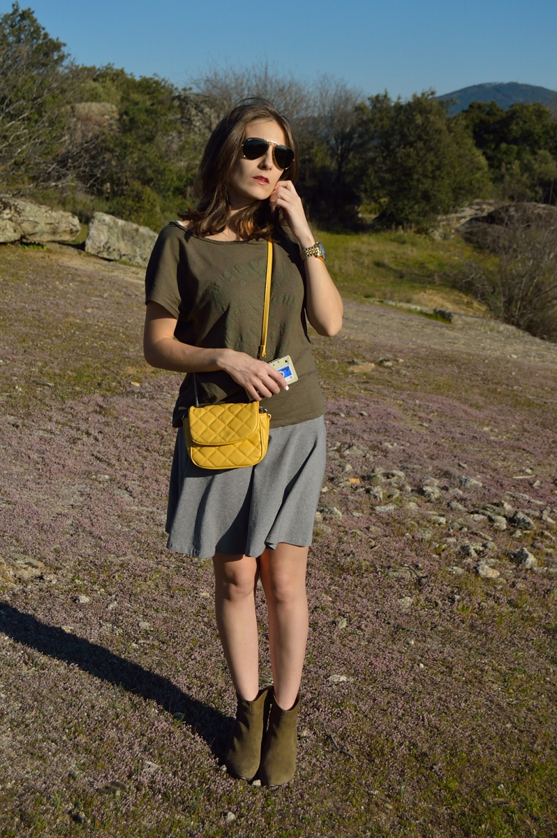 lara-vazquez-madlula-blog-style-chic-streetstyle-yellow-mis-green