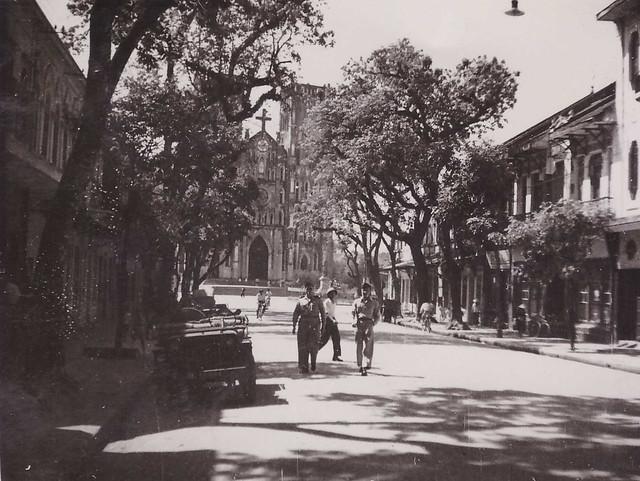 Hanoi 1950 - Photo by Robert Tison - Avenue de la Cathédrale