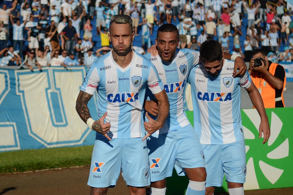 Gustavo Oliveira_014