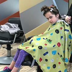 Sashark throwing the dubious look - lol. She's actually happy and wanted a cut.