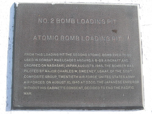 tinian mariana islands atomicbombpit worldwarii airfield b29 kummerle