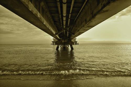 sepia pier horizon symmetry oceanview nikond810 nikon1424mmf28afs