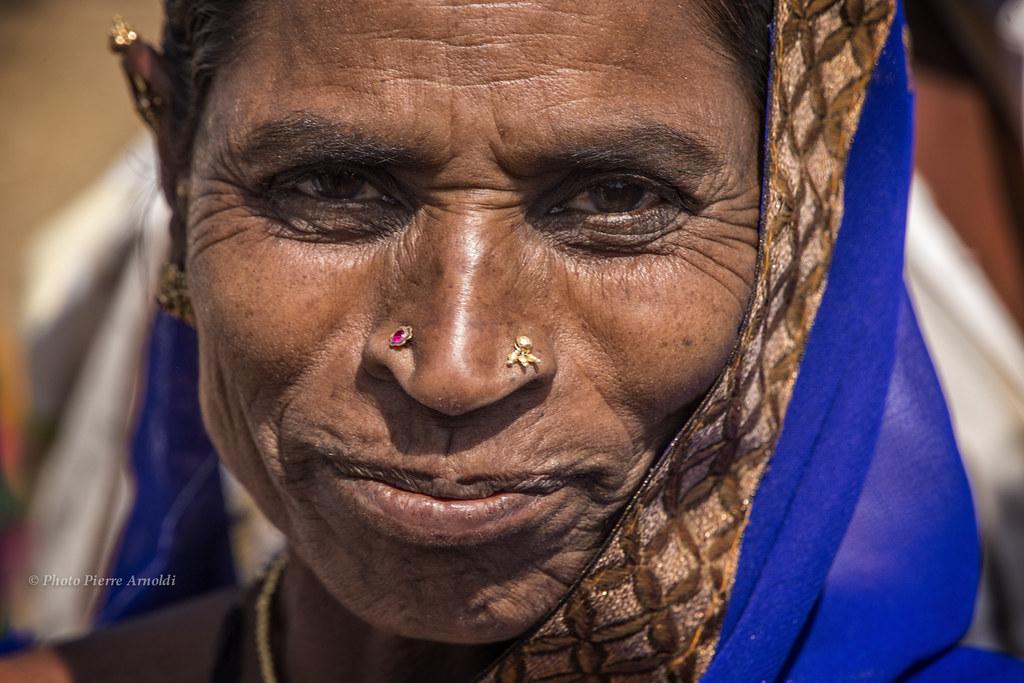 AIHOLE : PORTRAIT DE FEMME AU MARIAGE