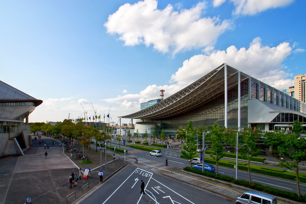 Makuhari Messe International Convention Center (幕張メッセ 国際展示場)