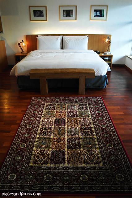 quayside hotel premium suite bed