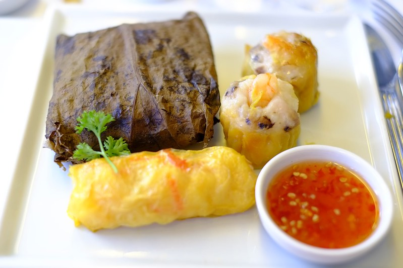 Dim sum served in Singapore Airlines business class