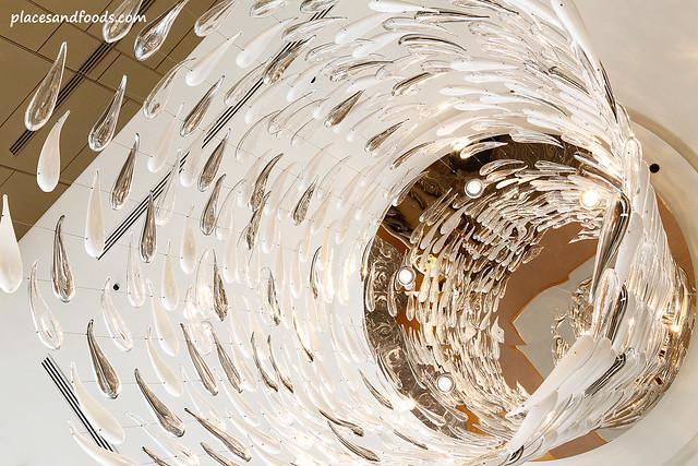 renaissance hotel johor bahru chandelier
