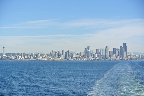 An autumn ride around the Sound - Seattle from the Needle to the Smith Tower