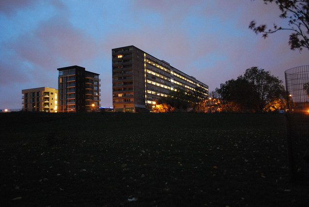 london estate at night