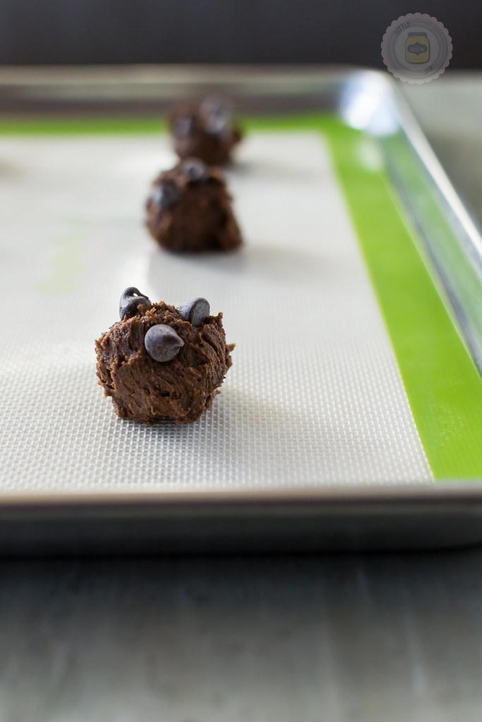 Cookies On Sheet Pan ready to bake