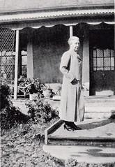 Bertha May Prior, outside Buckland House, 1935